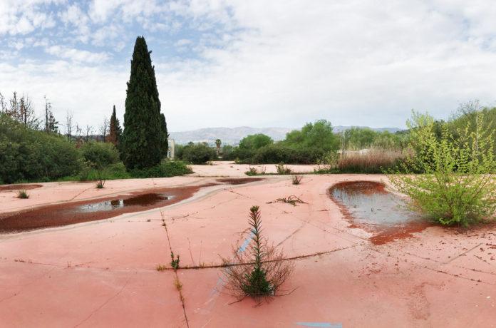 Viale Magna Grecia - l'area ex Fiera di Cosenza che nasce sopra la discarica